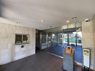 2駅3路線ご利用可能、総戸数41戸の地上7階建マンション。