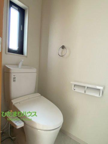 2階にもトイレを完備しております。