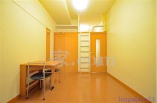 【寝室】レオパレスキャピタル平松(34428-104)