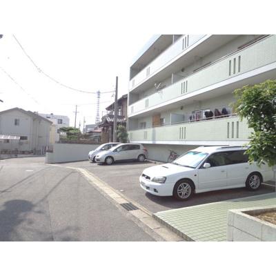 【駐車場】ファミーユ庄南