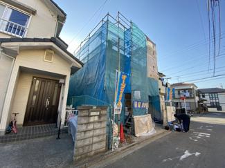 新京成線高根公団駅よりバス10分さつき台停歩4分のバス便もございます。