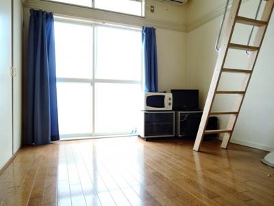 【居間・リビング】マイコート高槻・八幡町