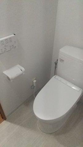 温水洗浄付きトイレ(新品)