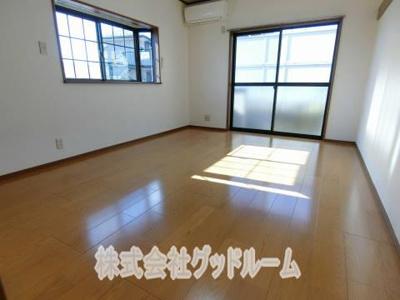 【居間・リビング】第二YKマンション