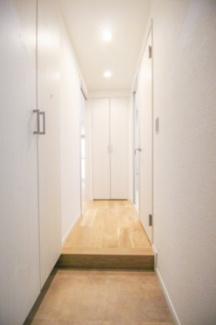 玄関にはシューズボックス付いており、スッキリ片付いた玄関をキープ出来ます。