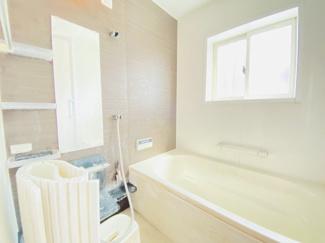 千葉市若葉区桜木 中古一戸建て 桜木駅 浴室乾燥暖房機付きのユニットバス!