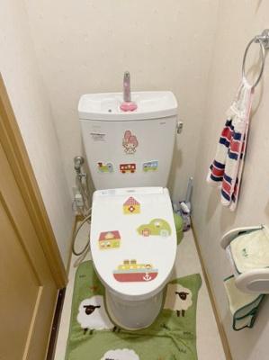 トイレは2か所にあるので慌ただしい朝も快適です。