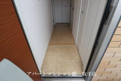 【玄関】アムールA