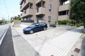 【駐車場】六甲司ライフ