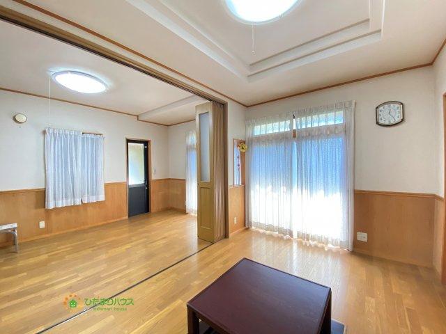 【居間・リビング】久喜市栗橋東1丁目 中古一戸建て