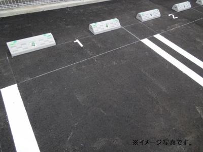 【駐車場】クレシェンド ラブ Ⅲ