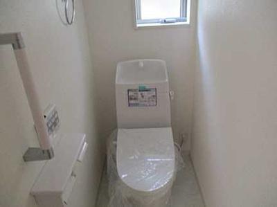 明るいトイレです