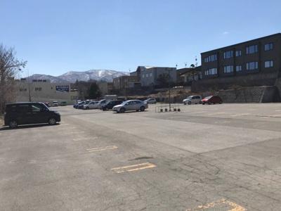 隣接するコープさっぽろ駐車場
