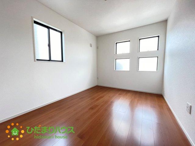 2階には3部屋洋室をご用意しております♪
