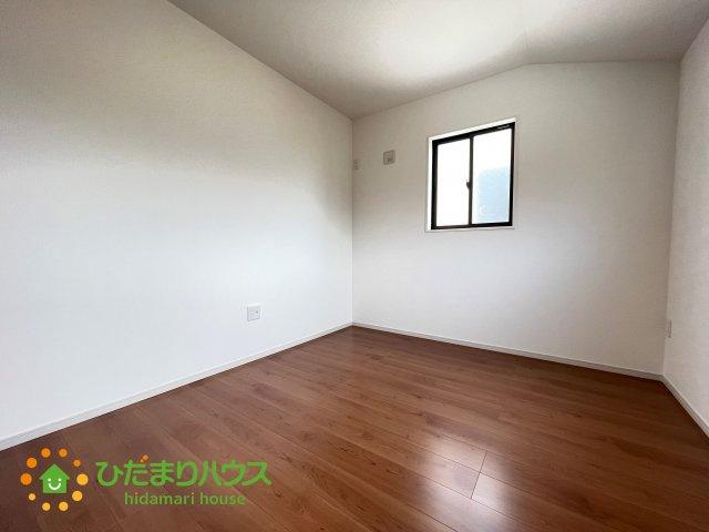 コチラのお部屋はお子様のお部屋としていかがでしょうか!!