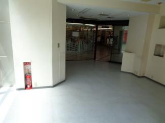 【内装】ソリオ1 店舗