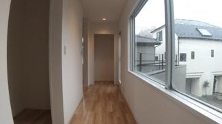 八千代市萱田 中古戸建 八千代中央駅 子供部屋にもワークスペースにも使える洋室です。
