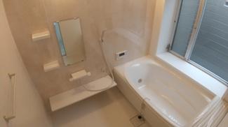 八千代市萱田 中古戸建 八千代中央駅 新規交換済みの新品のお風呂です。
