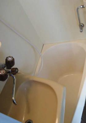 バストイレ同室です 鏡つき(*'ω'*)