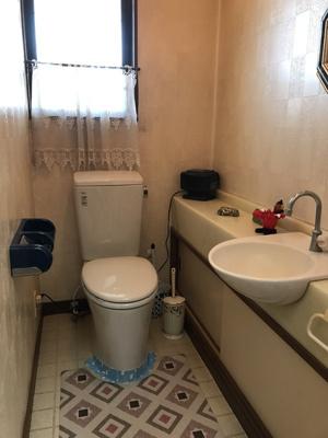 手洗器付き1階のトイレ