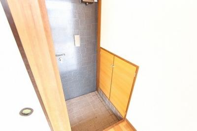 【玄関】■リバーサイドハウス