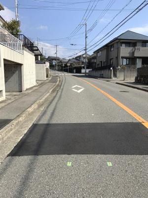 【前面道路含む現地写真】神戸市西区富士見が丘5丁目 中古戸建