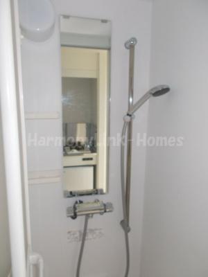 ハーモニーテラス長崎Ⅱのすっきりとしたシャワールームです