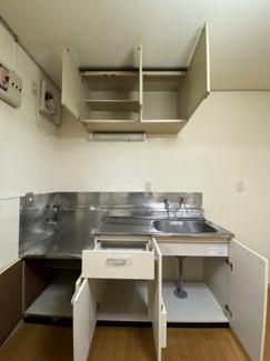 キッチン内収納はこのようになっています