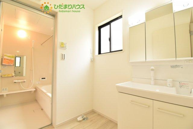【洗面所】上尾市泉台 4期 新築一戸建て 01