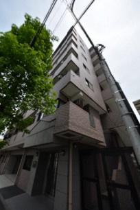 鉄筋コンクリート造のがっちりとしたマンション。