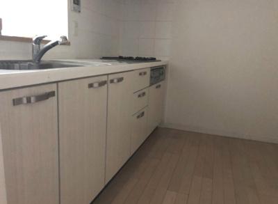 【キッチン】スターコート豊洲 3階 2007年築 空室