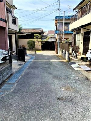 【前面道路含む現地写真】池田市鉢塚2丁目 土地