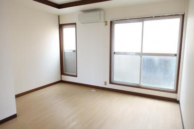 【洋室】寺方本通4丁目貸家