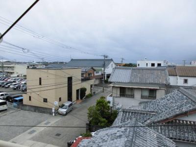 【展望】ひかり荘 3階建て