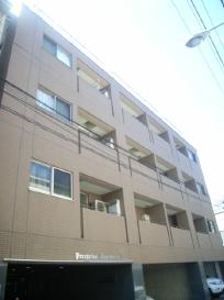 【外観】ペリグリンアパートメントⅢ