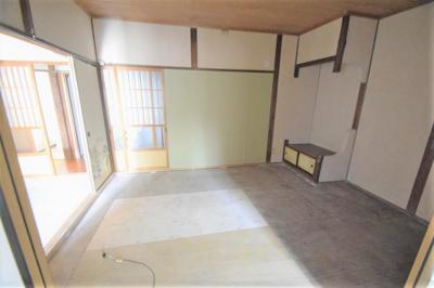 【居間・リビング】須賀3丁目平屋