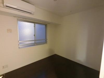 4.6帖の洋室です。