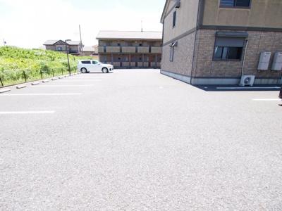 【駐車場】グランディアA