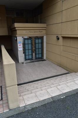 【エントランス】グランシティレイディアント横濱コンフォルト