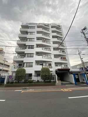 サンライフ並木 12階建ての8階部分のご紹介です。