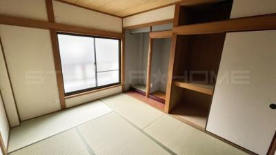 床の間もある和室です。