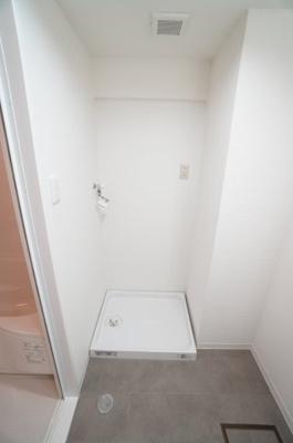 【洗濯機サイズの確認】 ドラム式の洗濯機も入るサイズですが、 お手持ちのサイズが入るか要確認です!