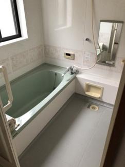 【浴室】リーフグリーン