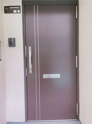 【玄関】ローレルハイツ北天満1号棟