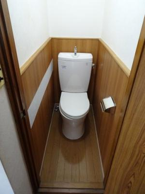 佐藤ビル やっぱり嬉しいバストイレ別!