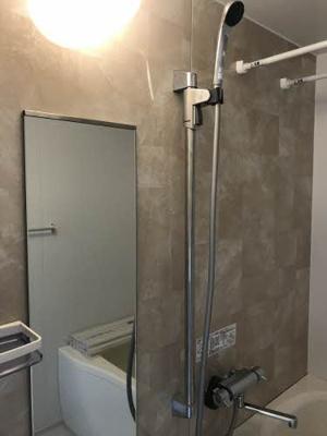 【浴室】グリーンルミナスE