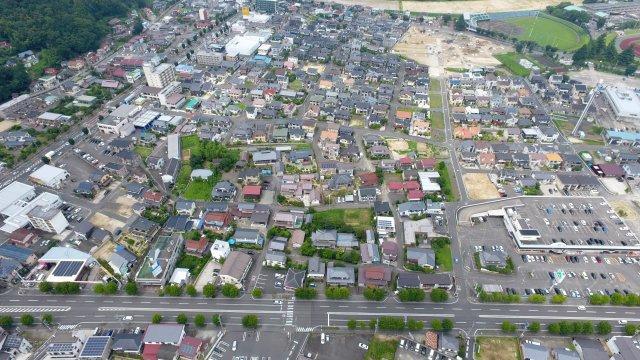 ドローン撮影 南側上空より 下側国道115号線、左側国道4号線