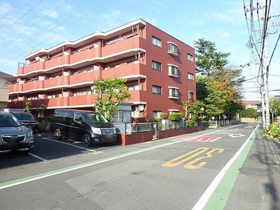 JR高崎線「宮原」駅より徒歩圏内の立地です。