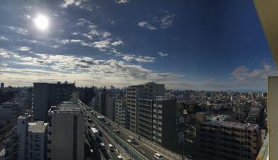 13階部分のお部屋からは開放的な景色を望めます。