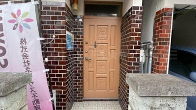 玄関部分です。